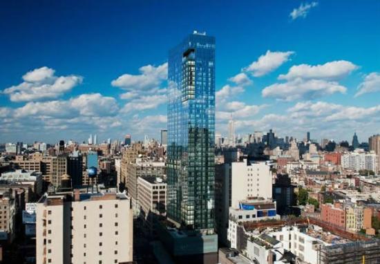 trump-soho-new-york-exterior-4